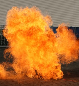 Explosion-683282_16258561